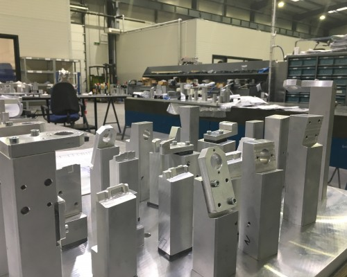 fitting and assembly of aluminium checking fixture
