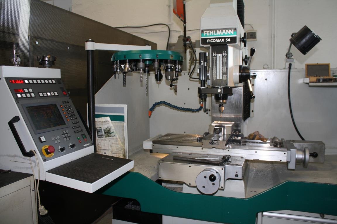 Manual 3-axis milling machine PICOMAX high precision